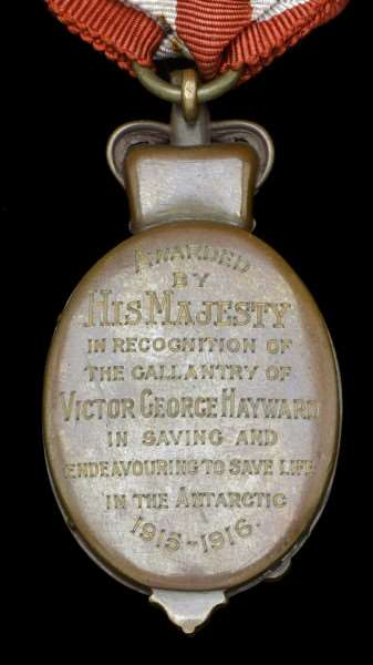 The inscription on the back of the Albert Medal awarded to Victor Hayward ANL-161125-103421001