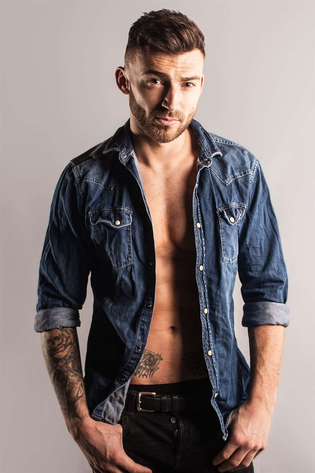 Jake Quickenden joining the Dreamboys Picture: Priti Shikotra (35283331)