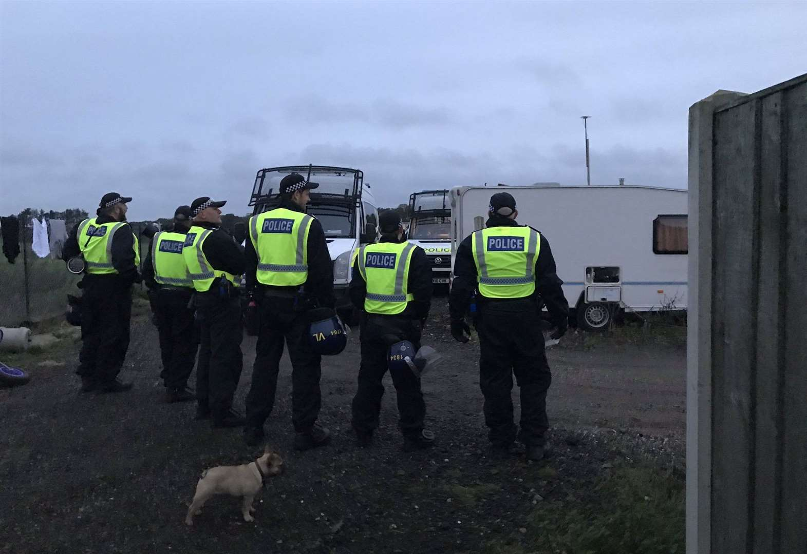 Police storm traveller site just outside Newmarket in connection to more than 50 burglaries