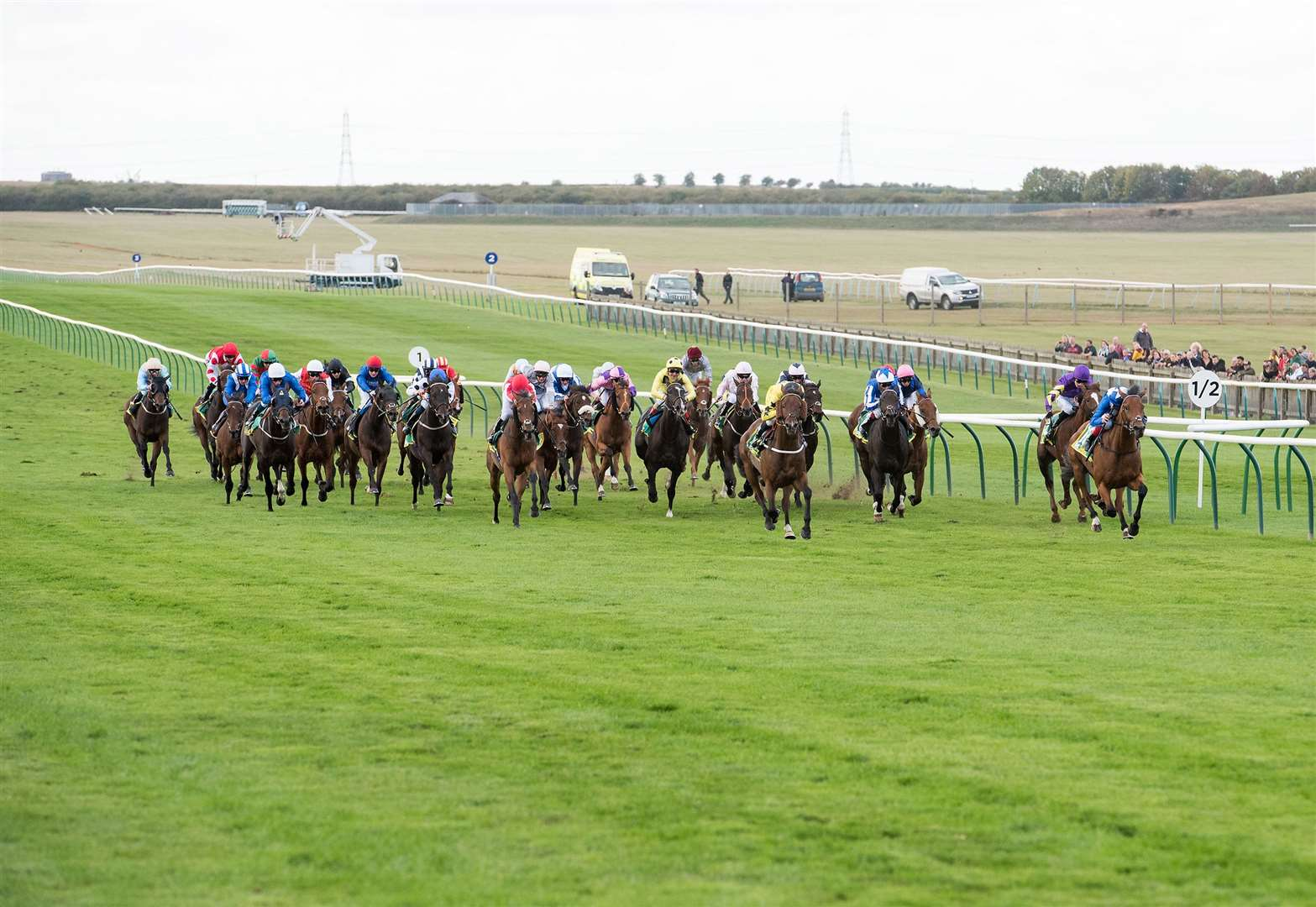 Horse racing set to go behind closed doors