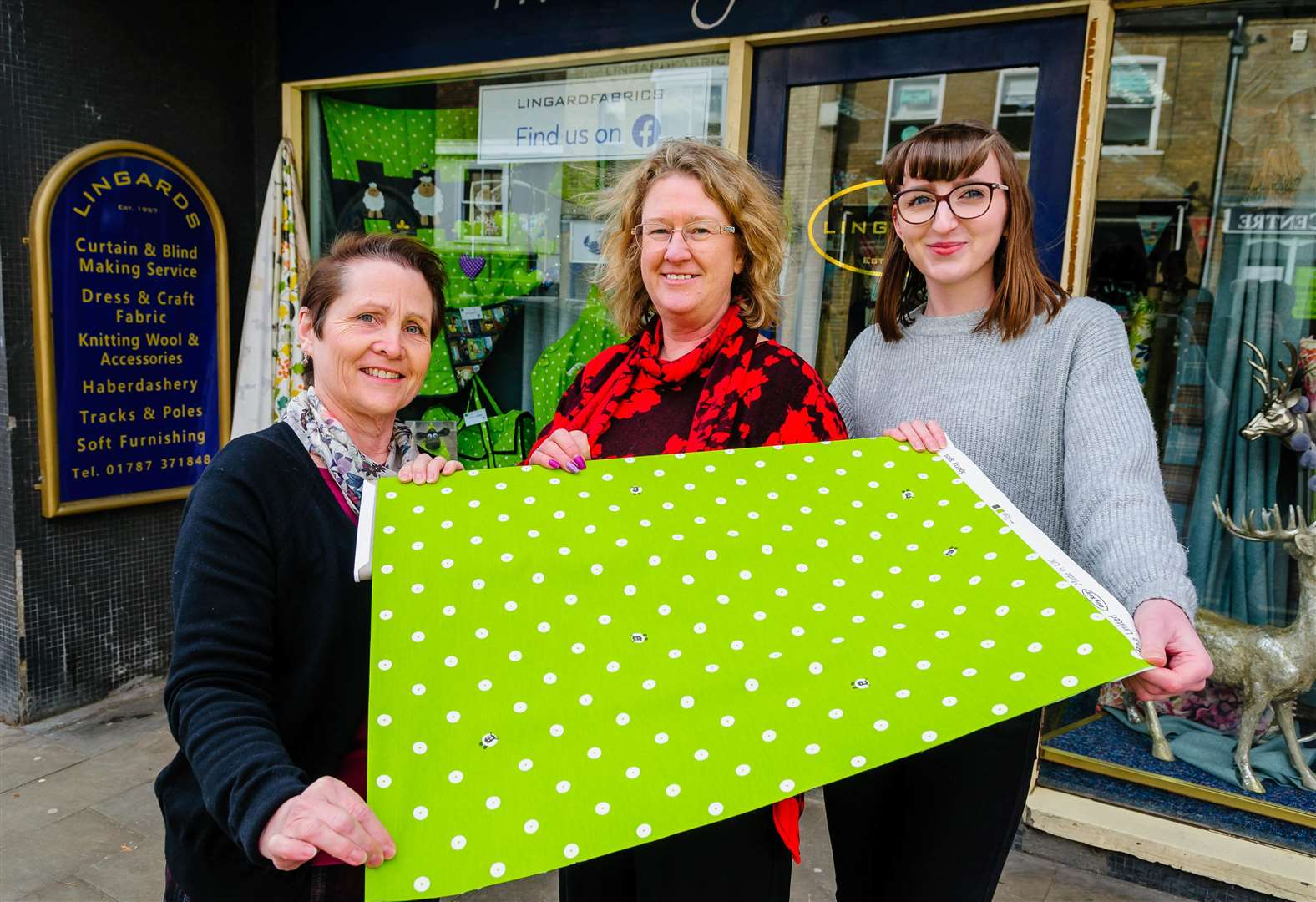 Lingard Fabrics in Sudbury brings out community's creativity with window display contest