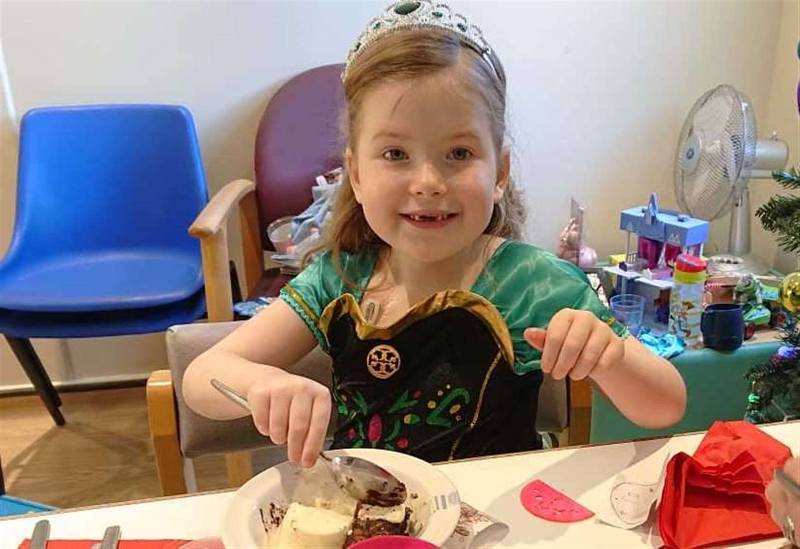 Family's thanks to 'amazing' Rainbow Ward after Christmas stay
