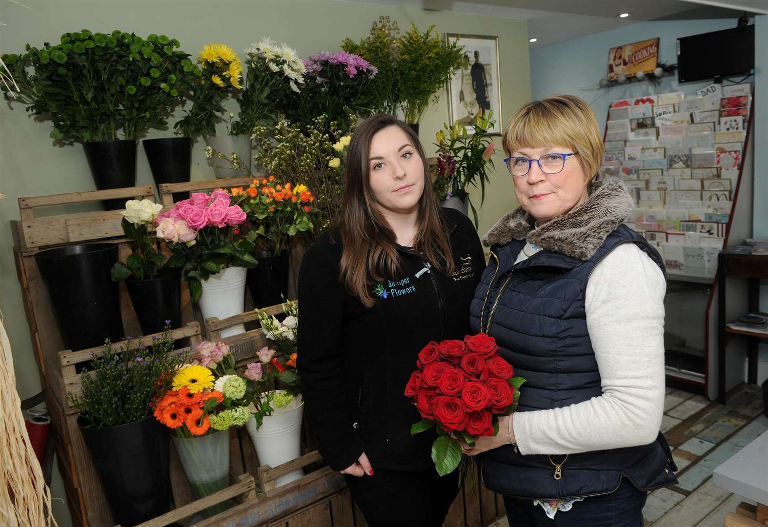 Sudbury florist dealt setback after 200 roses stolen from shop