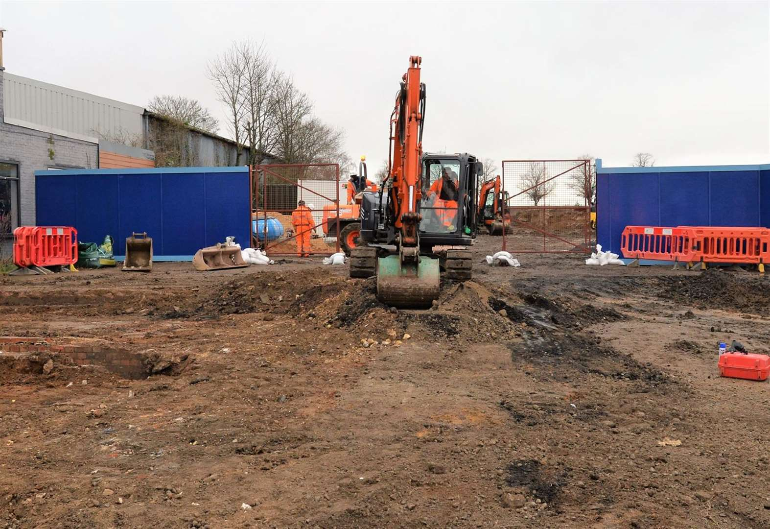 Work at Newmarket's new Aldi begins in earnest as academy head warns of 'considerable disruption'