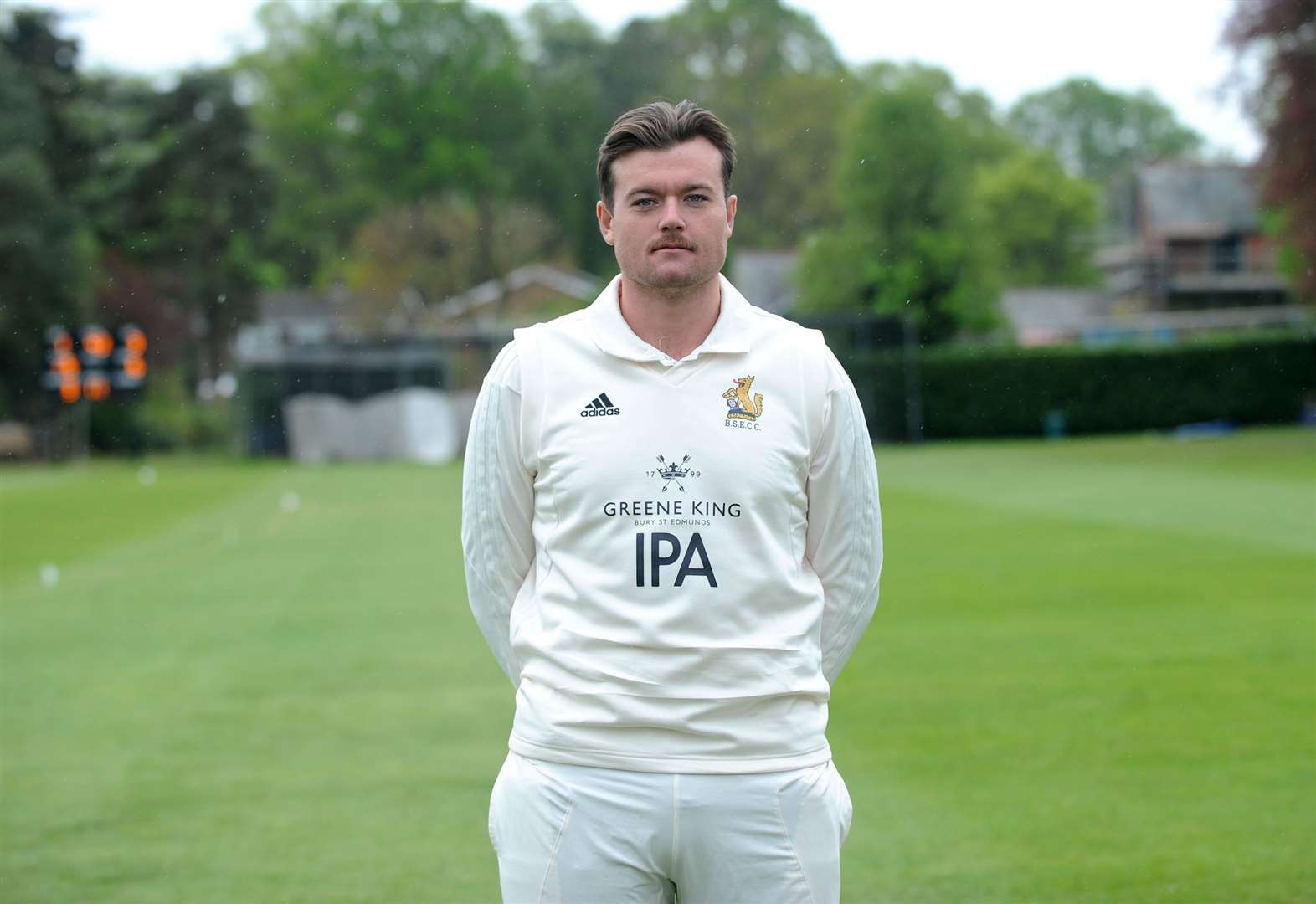 Bury St Edmunds cricketer turns professional