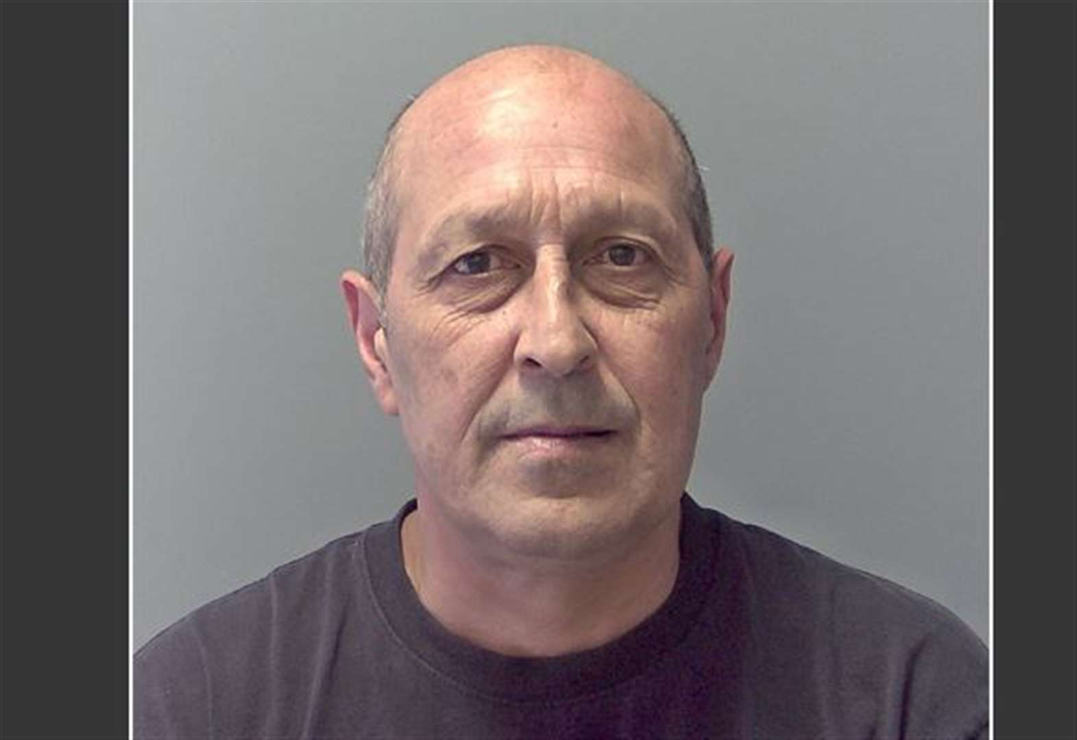 Police hunting for a Newmarket man who has breached his suspended prison sentence