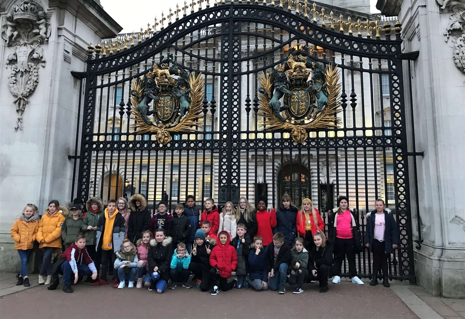 Pupils visit London and Buckingham Palace on sight-seeing trip