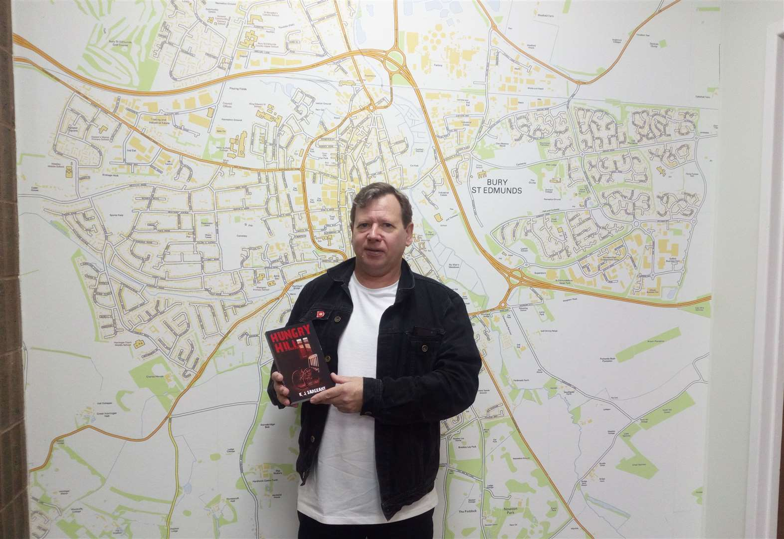 Crime writer chooses Bury St Edmunds as mystery setting