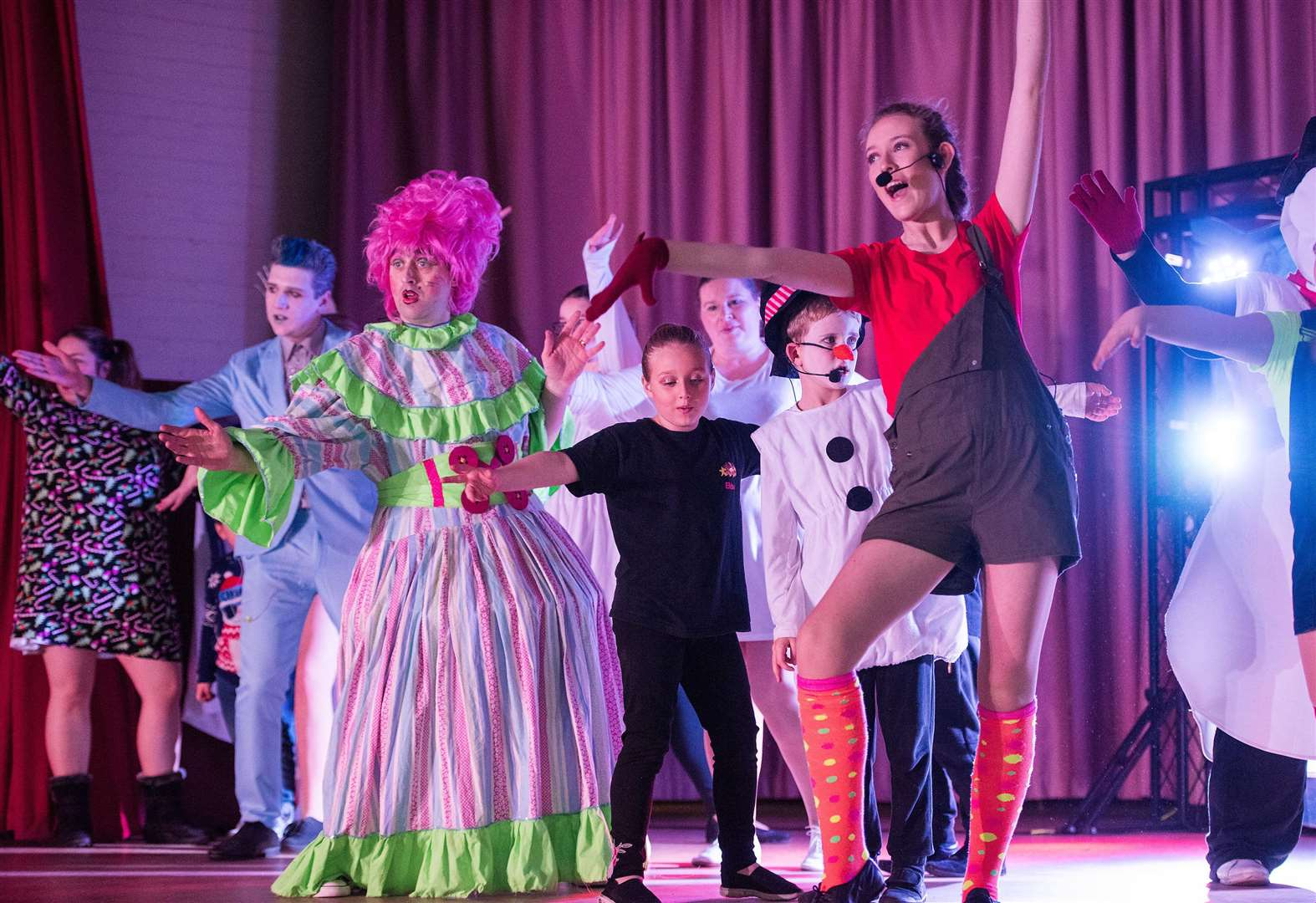 PICTURES: Snow Queen pantomime wows crowd in Sudbury