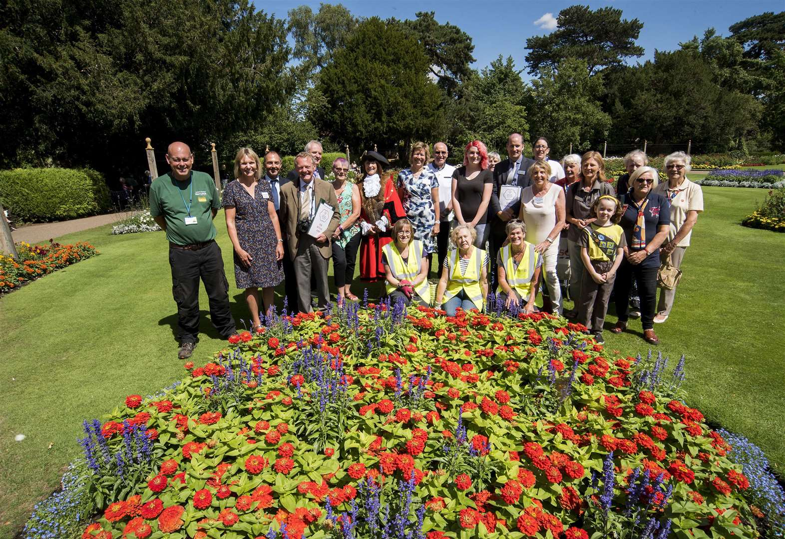 Bury St Edmunds scoops gold in Britain in Bloom