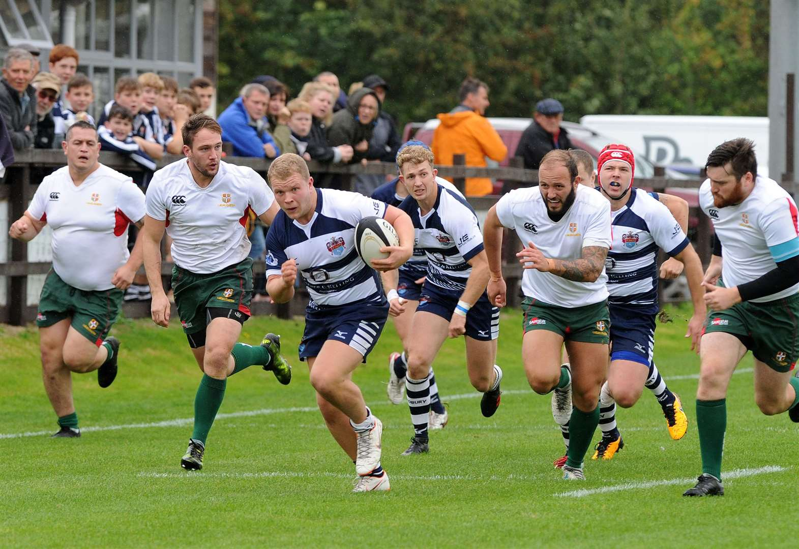 Sudbury complete turnaround with Woodford display