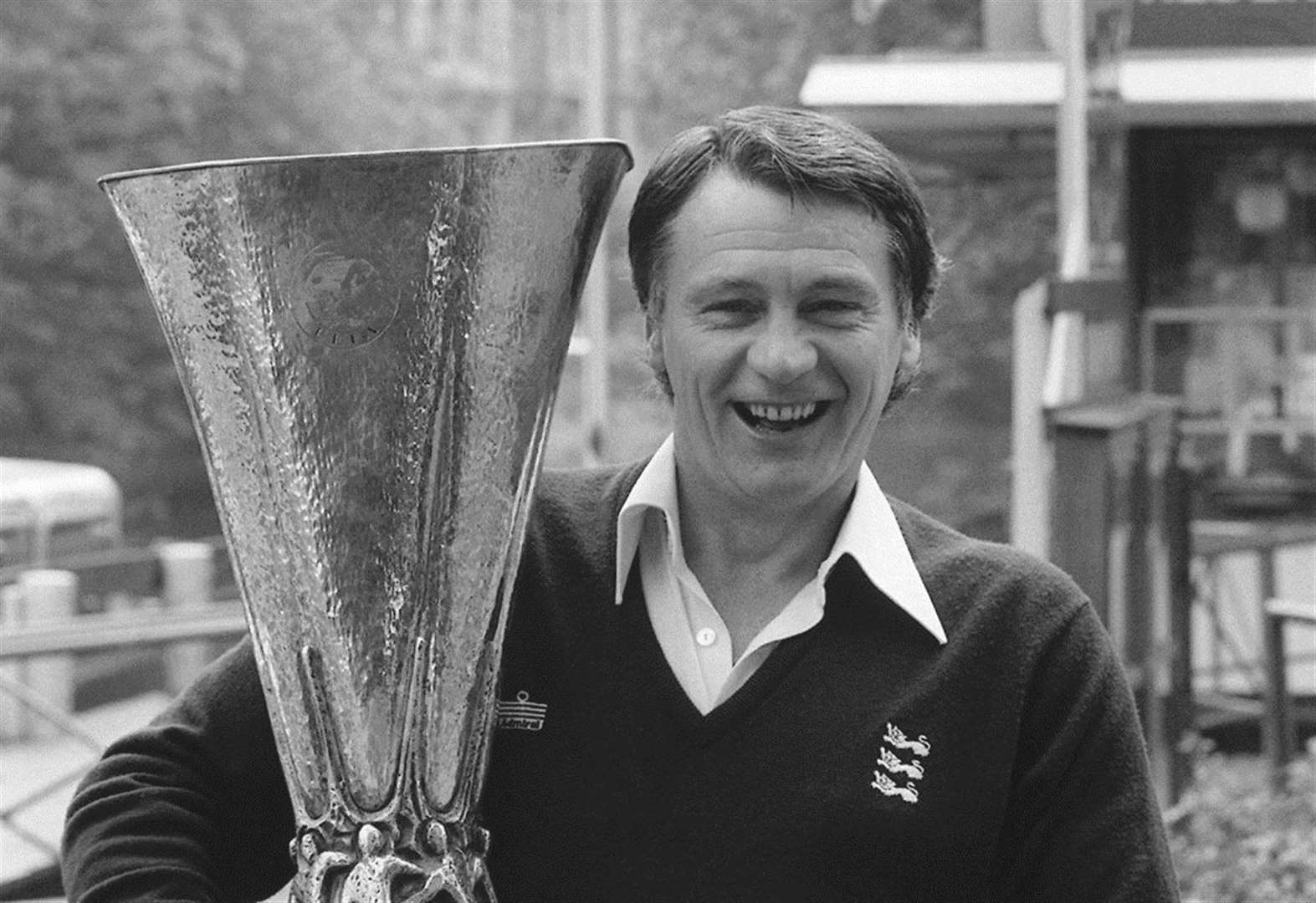 FEATURE: Play pays tribute to Sir Bobby a decade on