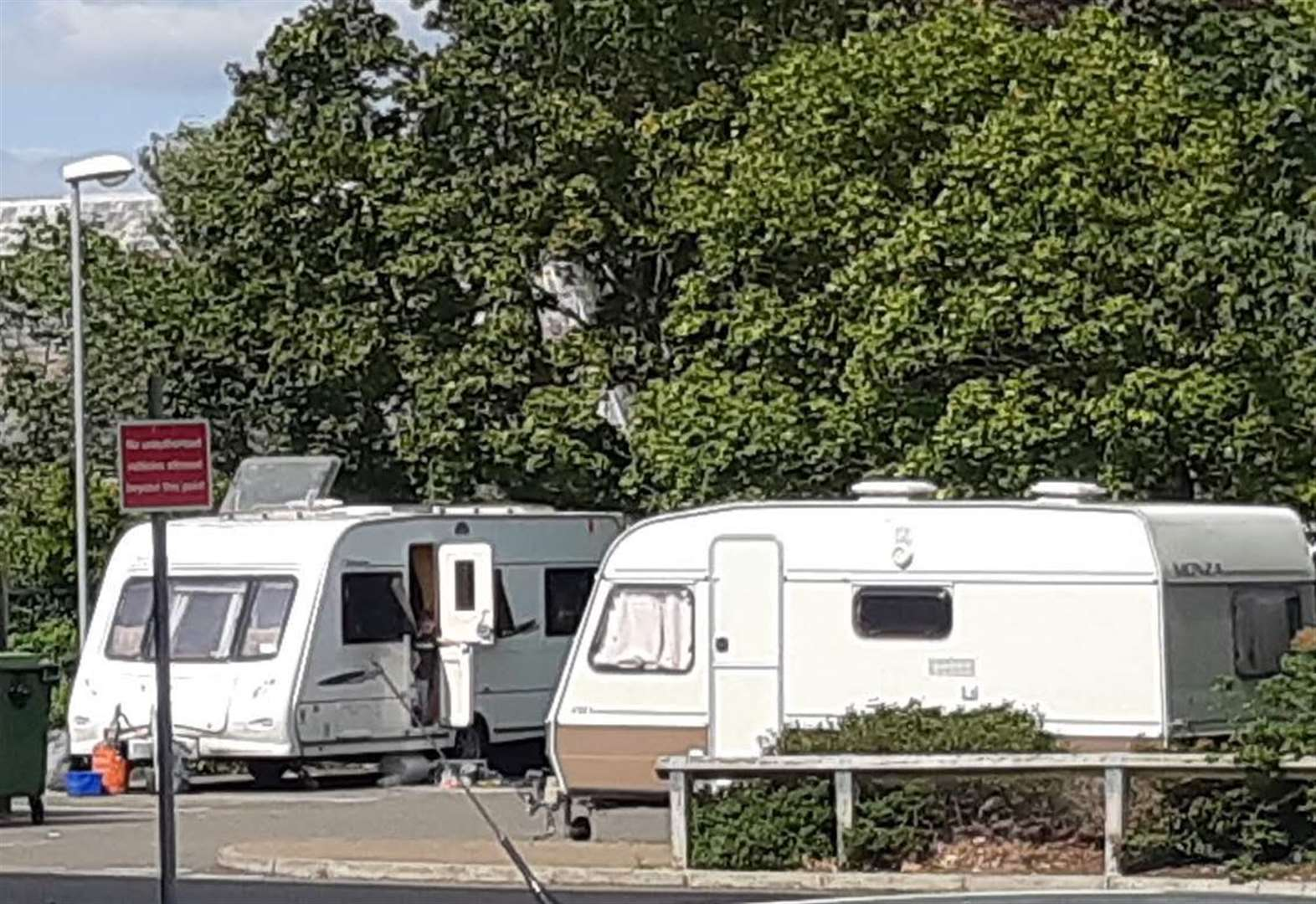 Travellers set up camp at Newmarket Leisure Centre for second time within a month