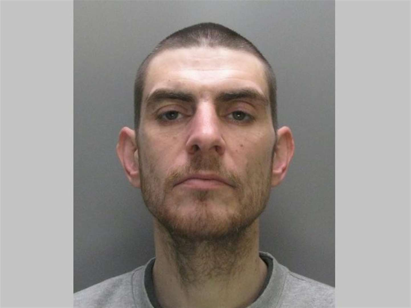 Man who robbed police officer in Burwell is jailed