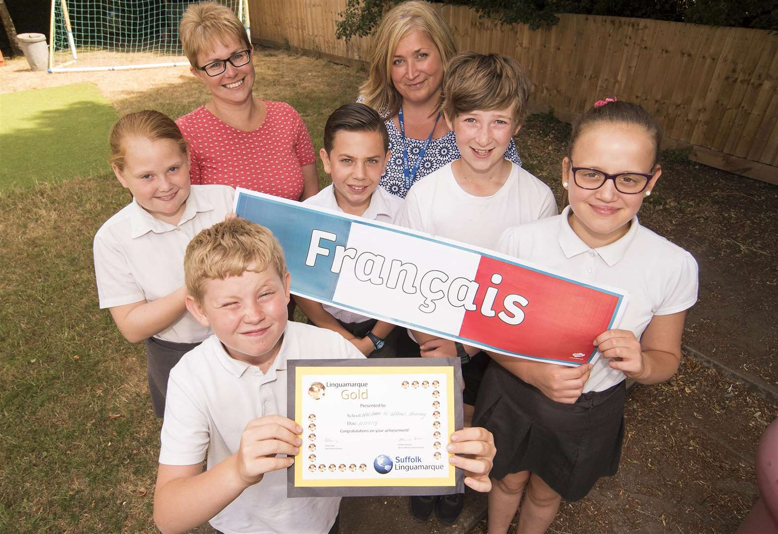 School says 'bonjour' to gold languages award