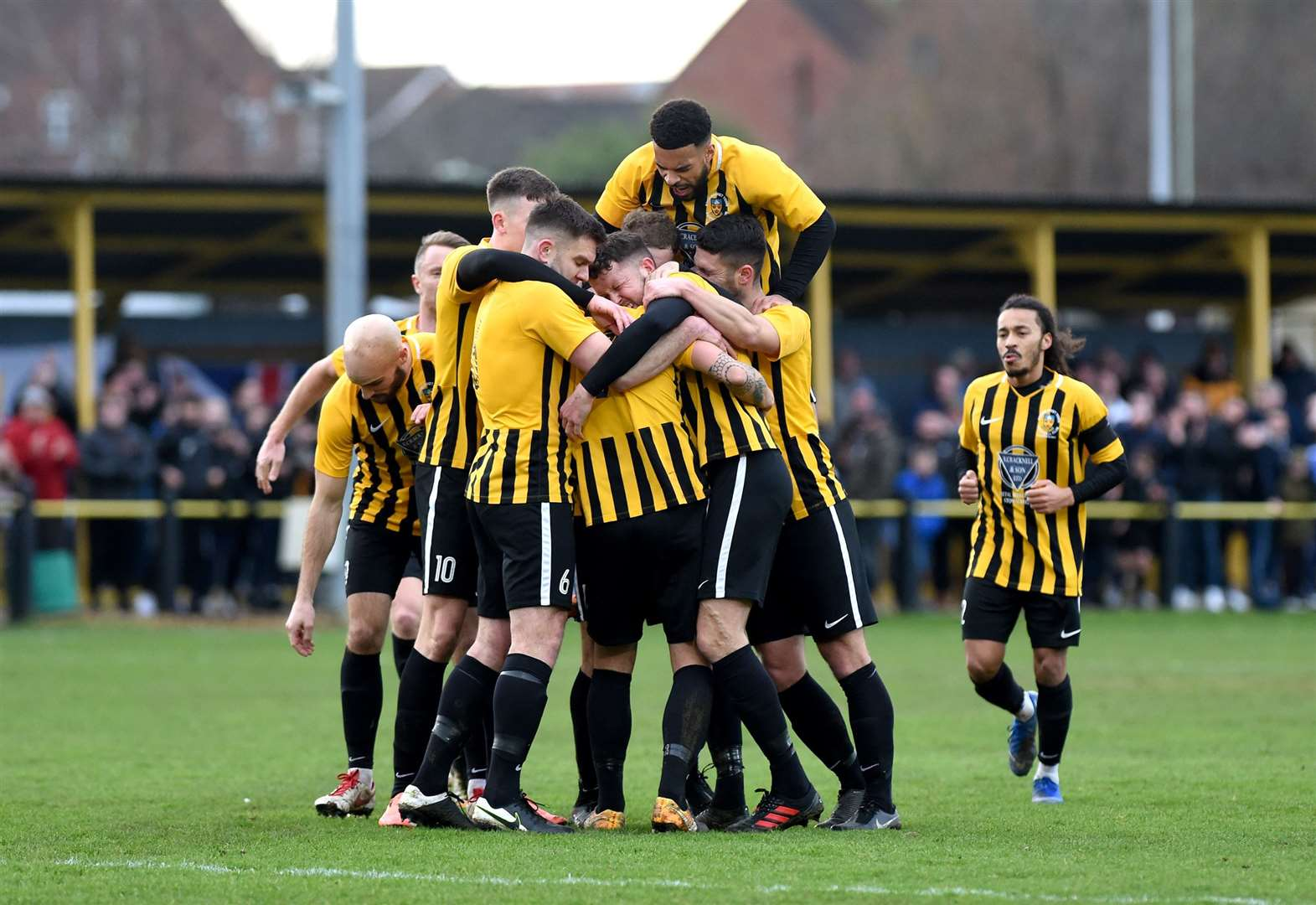 Saturday's local football round-up: Stow progress in Vase