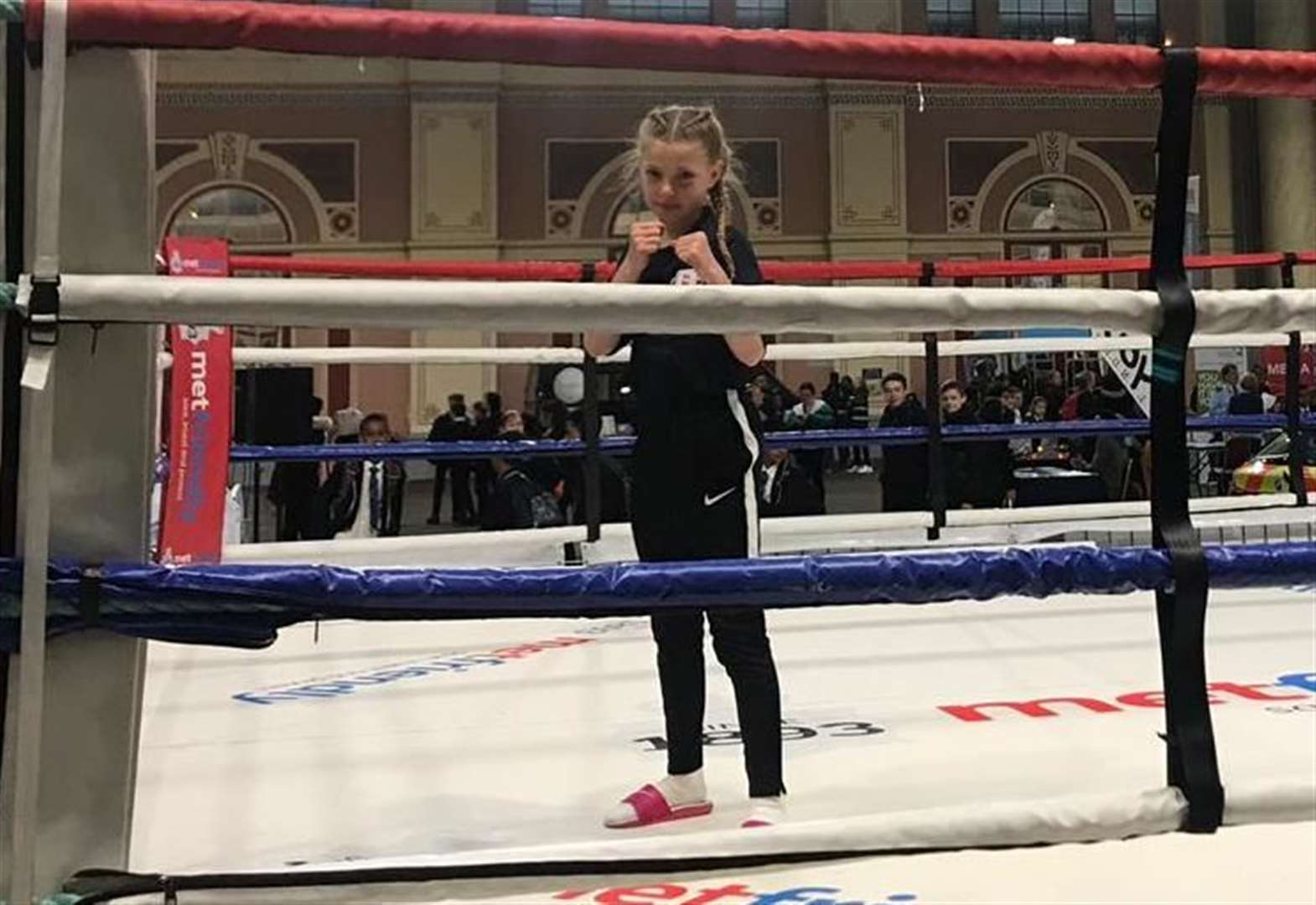 Ellie flies the flag for boxing at youth event