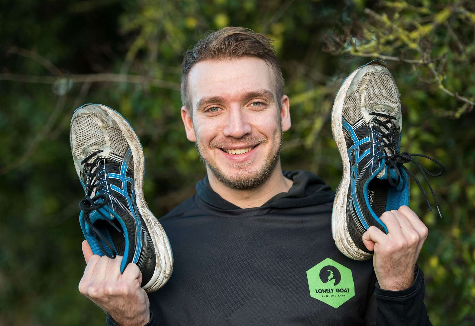 Gareth's bid to run 66 miles around the Isle of Wight - in one go