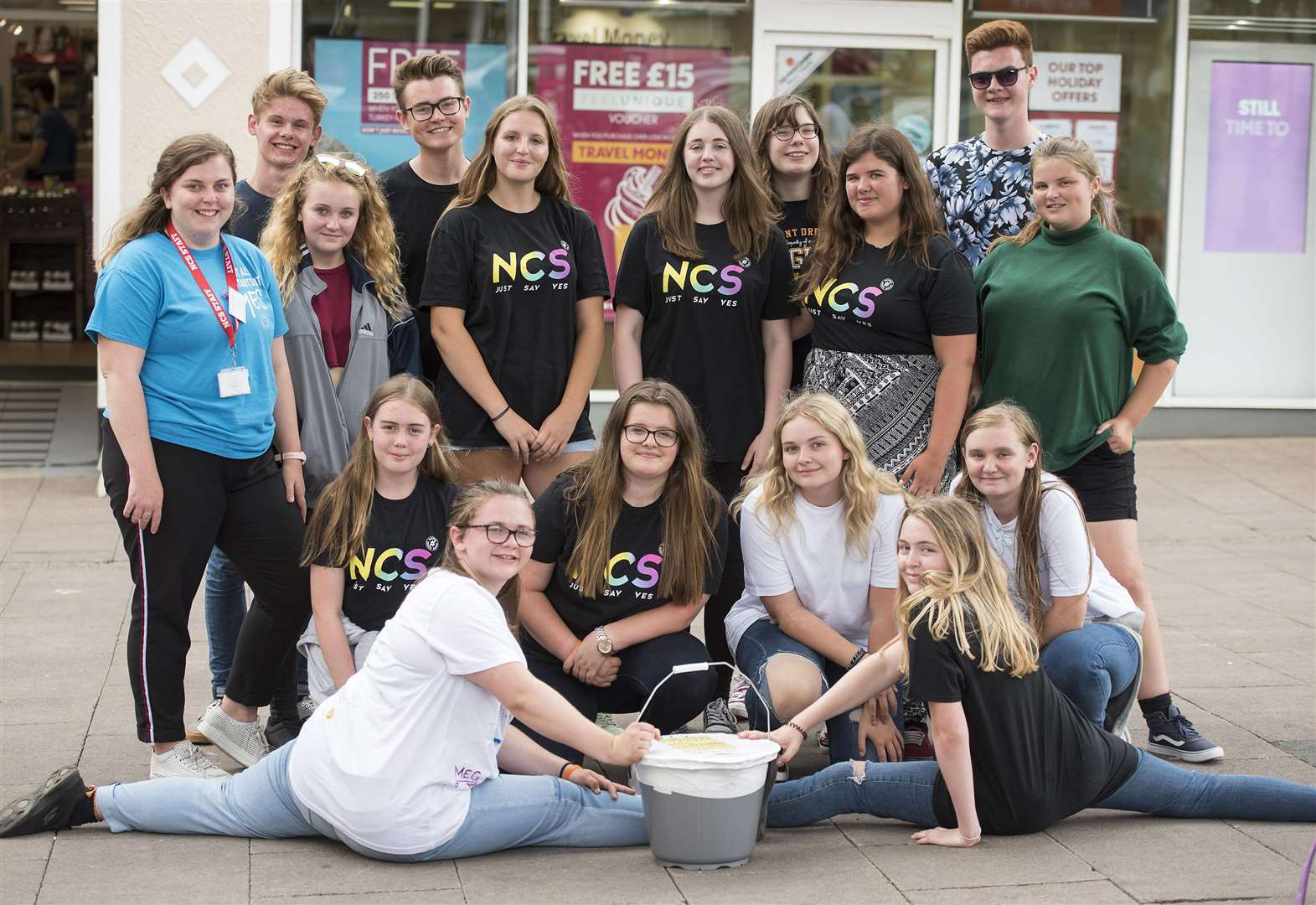 VIDEO: Teenagers stage charity flash mob on Cornhill