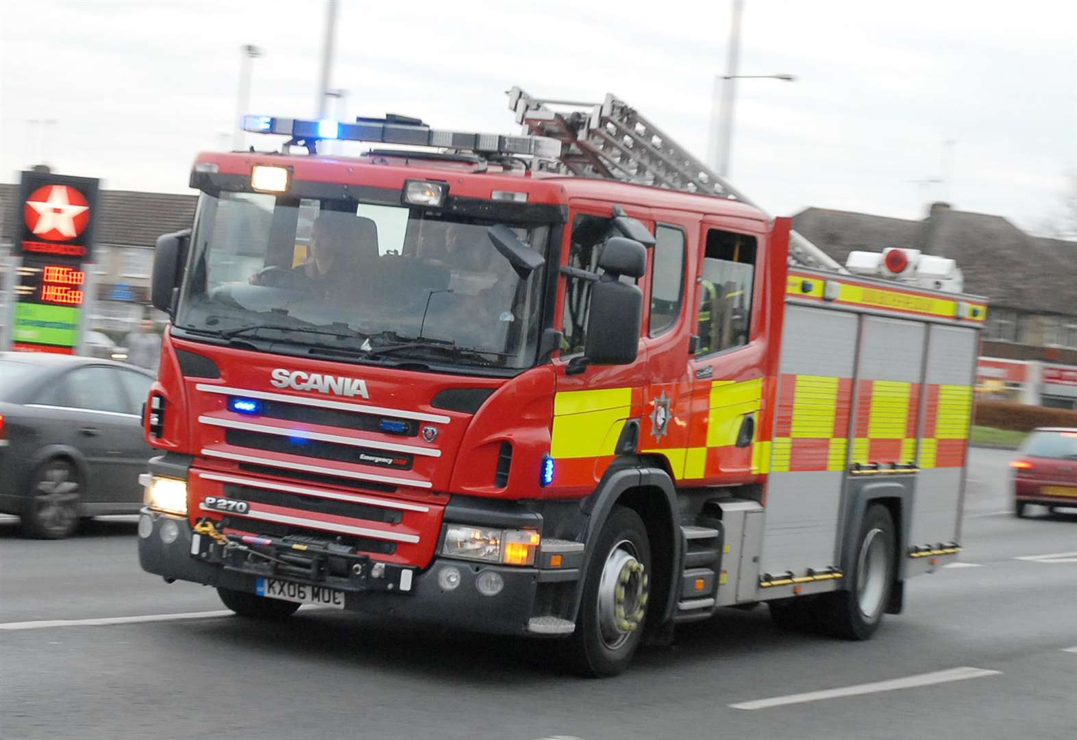 Arsonists target car in Newmarket housing estate