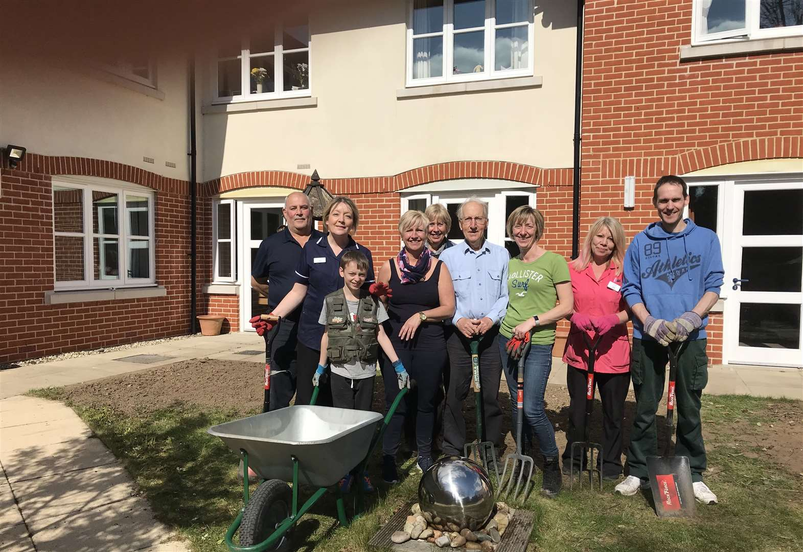 Volunteers dig in at Stowmarket residential home