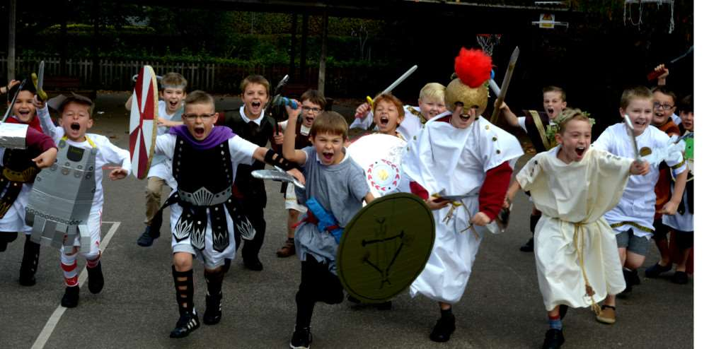 Ancient Greece experience for Key Stage 2 pupils at Hardwick Primary School in Bury St Edmunds ANL-151019-101335009