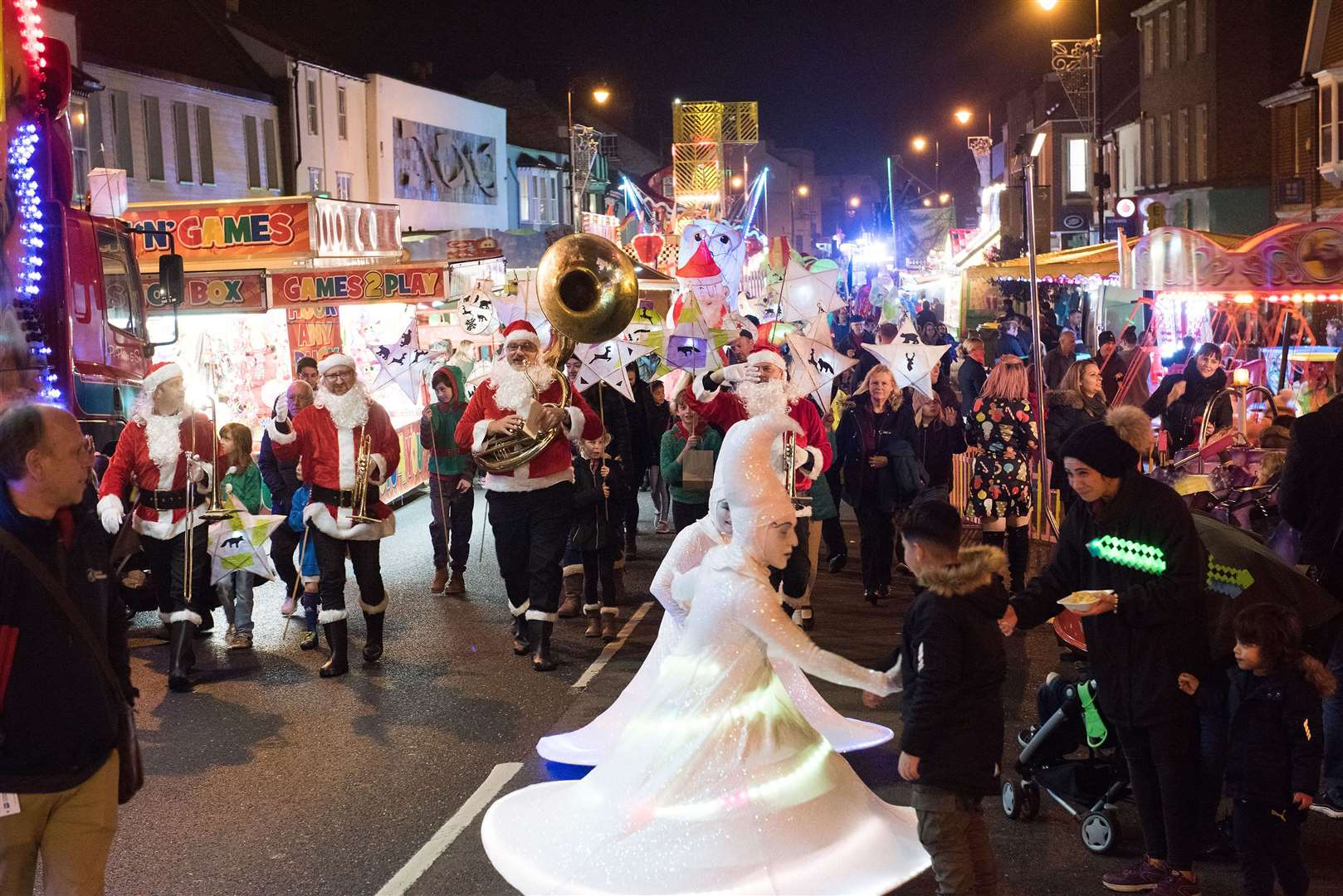 Newmarket Christmas lights and lantern parade Picture Mark Westley. (21474123)
