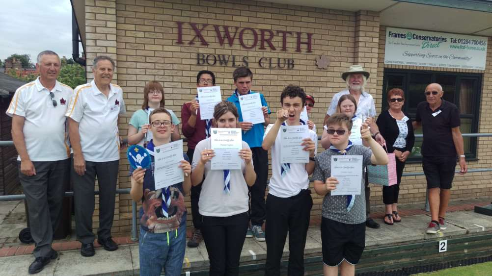 Priory School's Explorer scout unit have been working with Ixworth bowling club ANL-160715-161025001