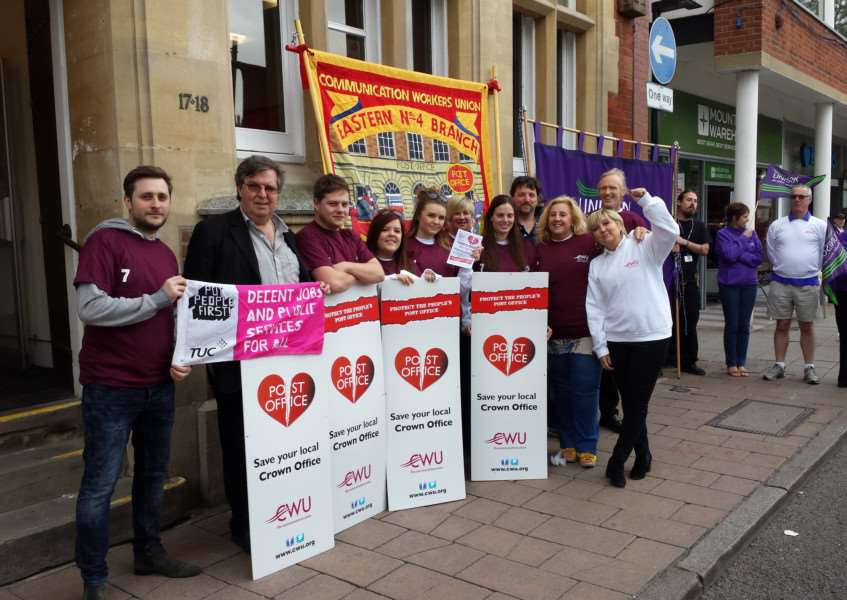 Post Office workers have gone on strike in Bury St Edmunds ANL-160513-164247001
