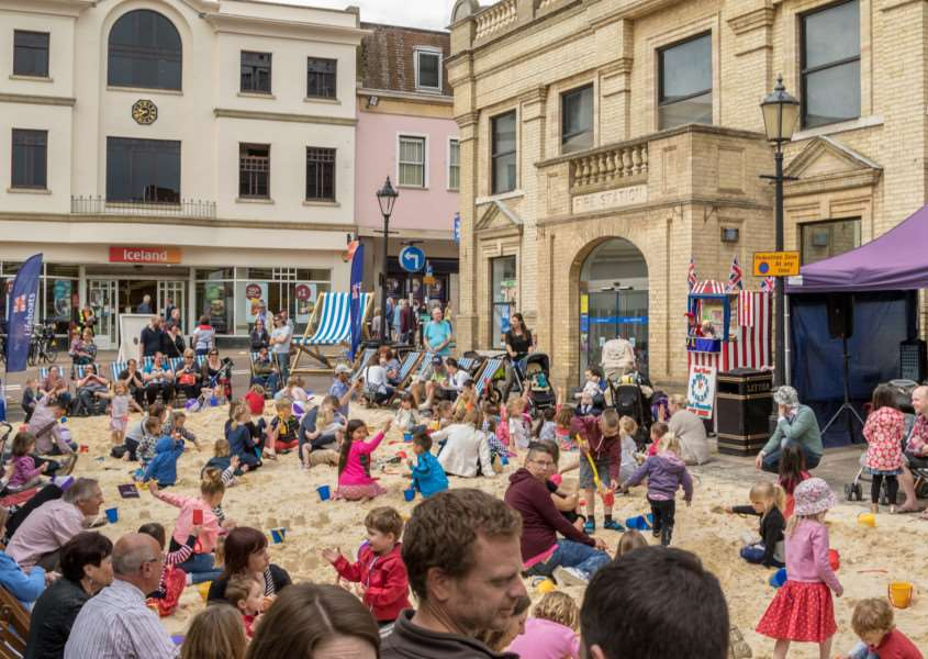 Bury St Edmunds' beach returns for the annual Whitsun Fayre this weekend ANL-160525-093810001