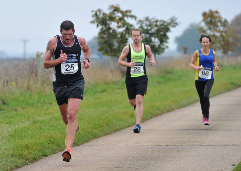 RUNNING - Thurlow 5 race''Pictured: Haverhill Running Club, Stowmarket Striders and Sudbury Joggers ANL-151018-184500009