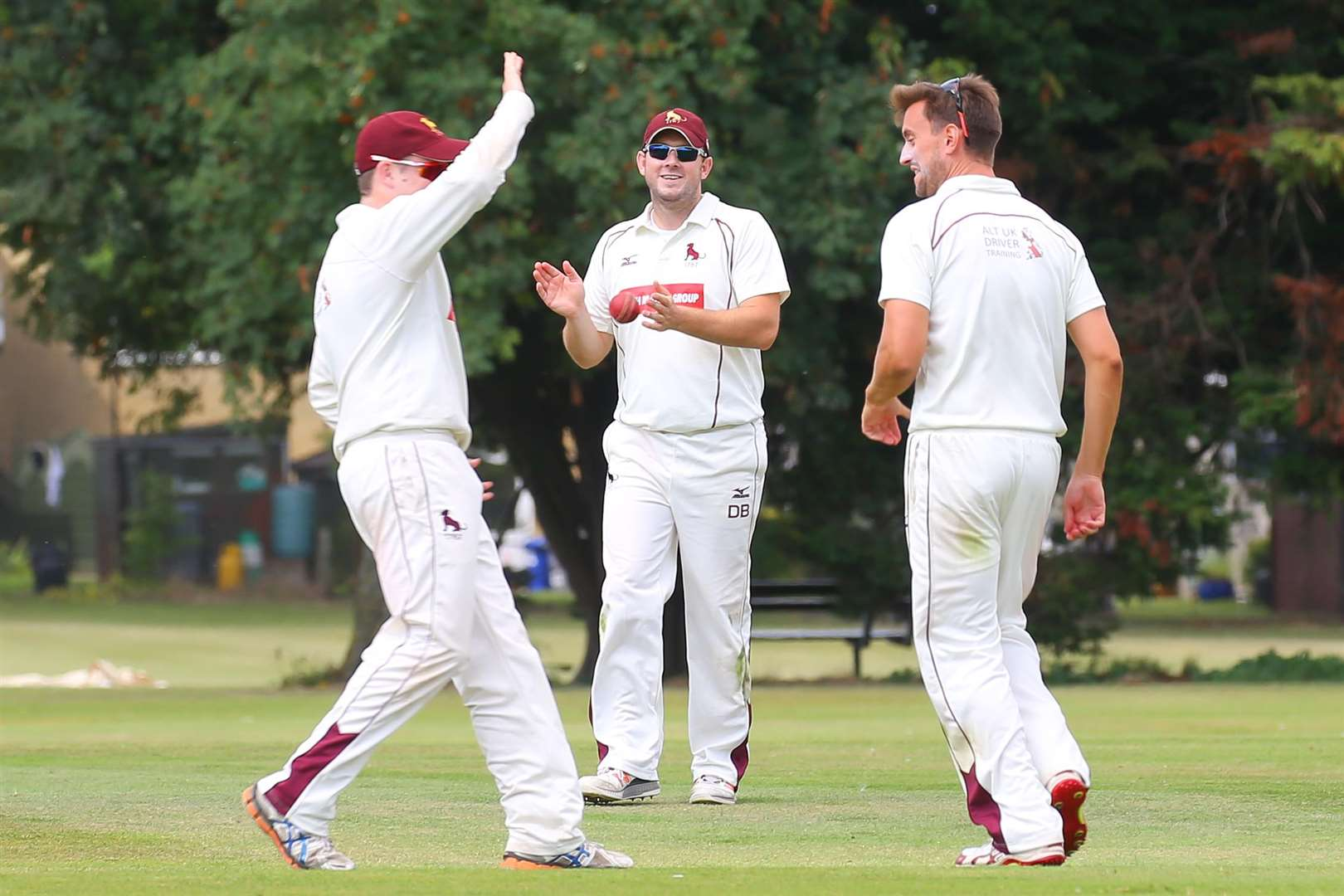 MBFP-06-08-2016-019 Bury v Sudbury Cricket Sudbury captain Darren Batch applaudes his teamates for taking another wicket Bury Free Press 06.08.2016. (2872360)