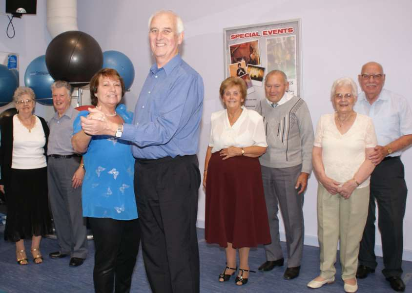 Instructor Rita Banks with new husband Ian Hammond and the members of her dance class at Haverhill Leisure Centre ANL-151026-133546001