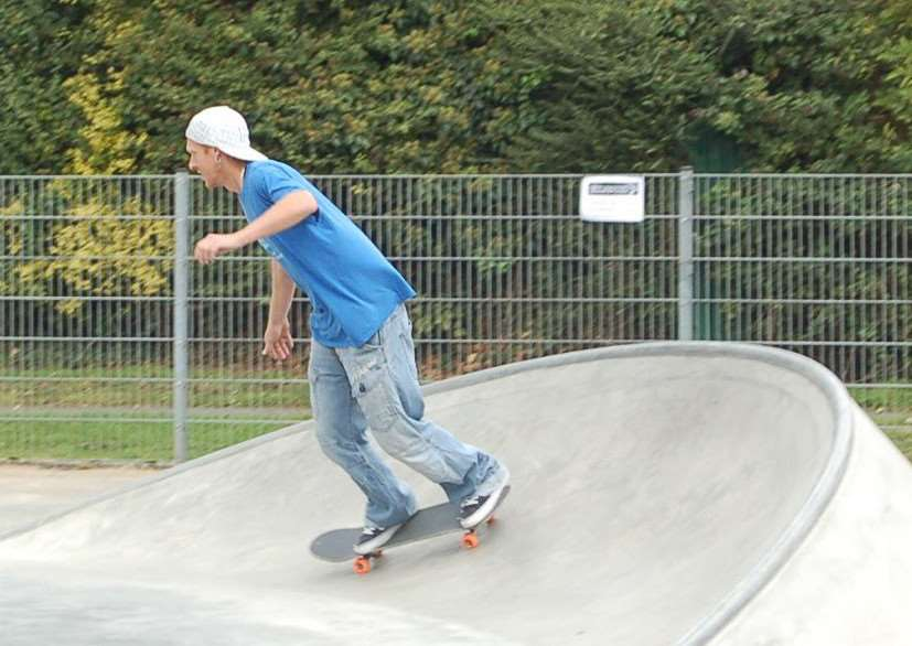 A skateboarder tries out the new 'taco' ramp in Hadleigh. ANL-151013-165816001