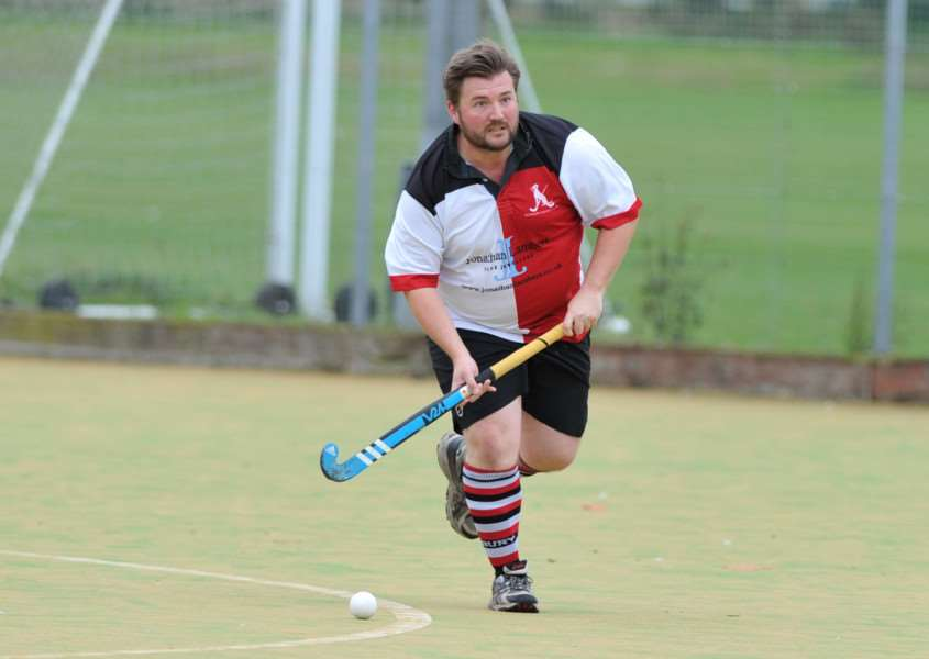 HOME DEFEAT: Sudbury II were beaten 7-2 at home by Pelicans II in Division Three North East at the weekend