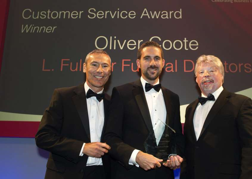 Customer Care Award 2015 presented by Jamie Brody (Group Advertising Manager BFP) - Oliver Coote (L.Fulcher Funeral Directors) ANL-151010-020225009