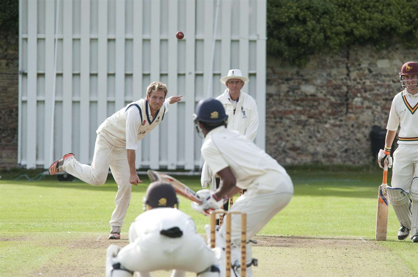 SUDBURY: Sudbury v Mildenhall cricket.Tom Westley bowls for Mildenhall.Picture Mark Westley. (7613743)