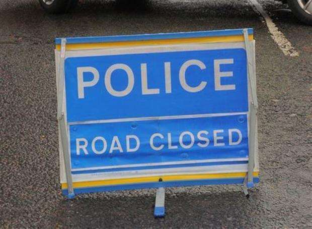 Police - Road Closed. (3935174)