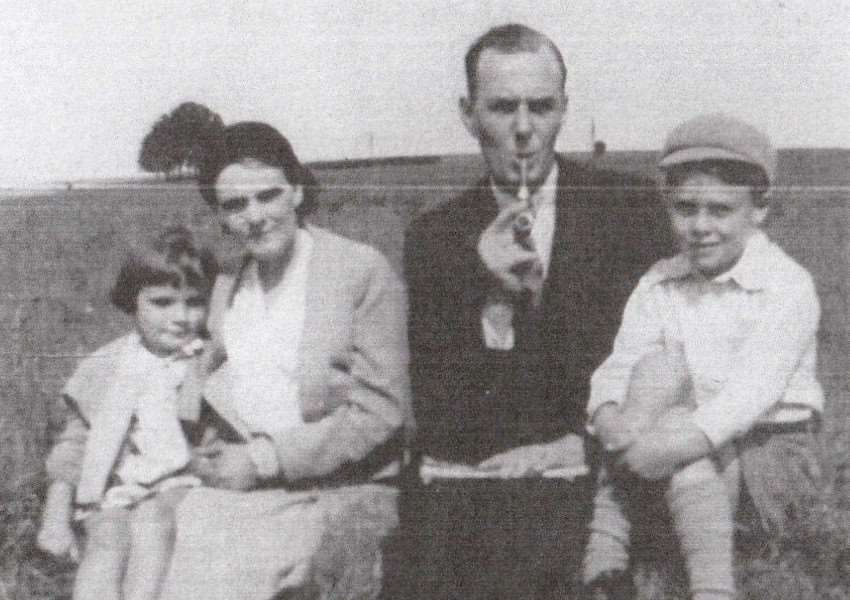 Frederick Rudd, who wrote as Sidney Esmond, with his family