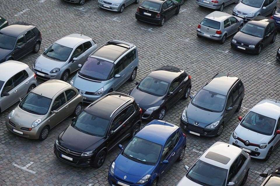 Parked cars. Stock pic (34604765)