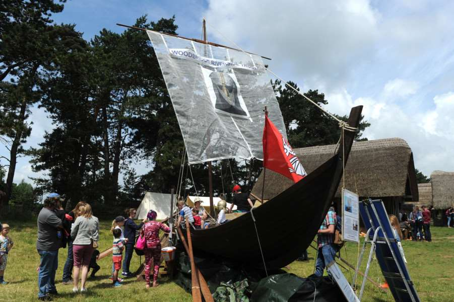West Stow Dragon Festival 2016''Pictured: Anglo-Saxon replica boat ANL-160626-201208009