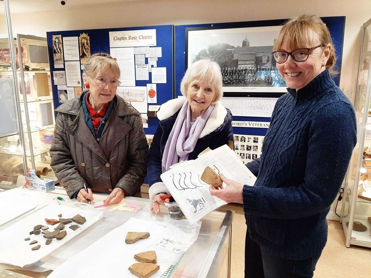 Anne Grimshaw, Valerie Wiseman from Long Melford Heritage Centre with pottery expert Alice Lyons. (32370855)