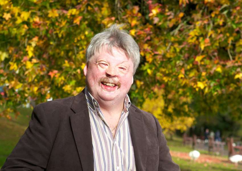 Simon Weston ANL-150406-112107001