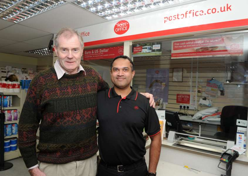 Mash Odedra has taken over Lake Avenue Post office from Paul Luke who has been there for 24 years. ANL-161101-172531009