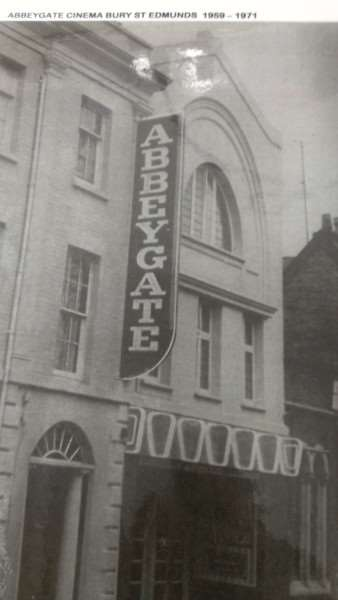 Abbeygate cinema as it was when Pat Church joined 50 years ago ANL-160320-152139001