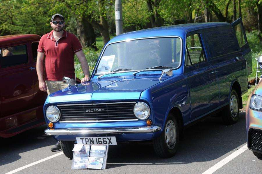 Colin Bond with his 1982 Bedford HA van. He did this van up to replicate the one his dad had'''PICTURE: Mecha Morton