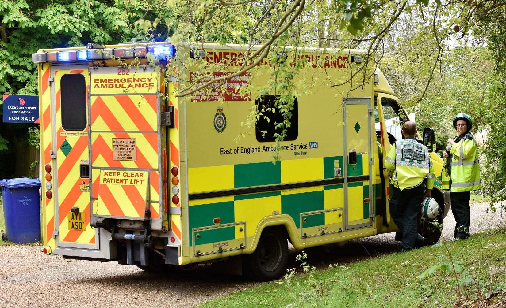 Emergency crews at scene of suspected gas explosion in Lidgate (9901469)