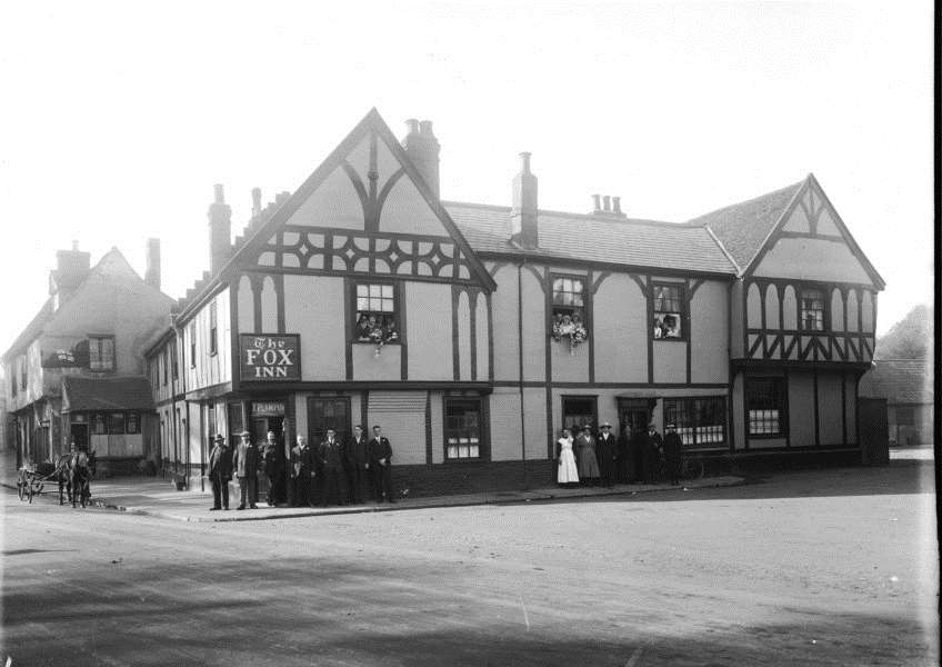 The Fox Inn, Eastgate Streeet, October 1920. From the Spanton Jarman colleciton