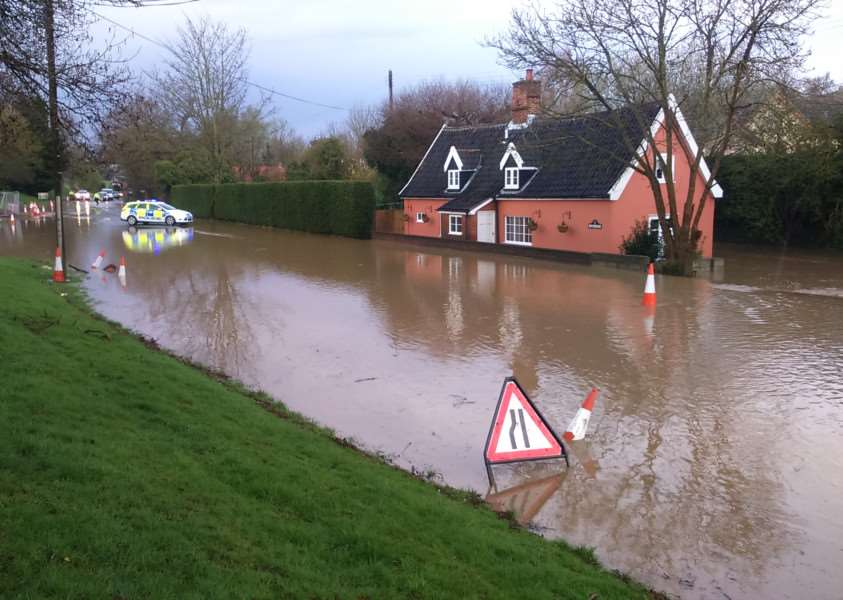 Flood in Sudbury Road, Little Whelnetham - photo by Angus Loring
