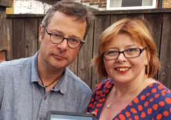 Karen Cannard with Hugh Fearnley-Whittingstall ANL-151125-165549001